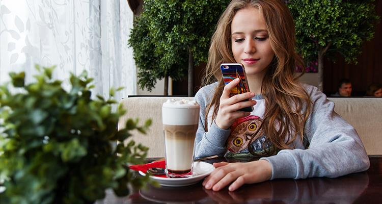 Girl-using-website-on-phone